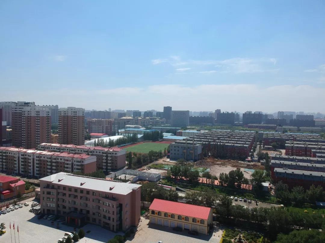内蒙古交通学校